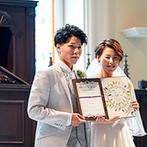 ラヴィール金沢:思わず息をのむほど美しい大聖堂でゲストの温かな祝福に包まれる人前式。手作りの結婚証明書で絆を深めた