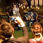 THE SALLY GARDEN (ザ サリィガーデン・旧マグリット ガーデン):ナイトウエディングの魅力を活かしたフィナーレ。ライトアップされたガーデンで音楽のプレゼント