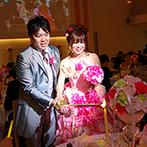 ラ・メゾン Suite 姫路:ピンクのドレスで再入場し、幸せの灯を広げるキャンドルサービス。ふたりから心を込めたプレゼントも