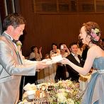 アカガネリゾート京都東山 (AKAGANE RESORT KYOTO HIGASHIYAMA):手作りの包丁のプレゼントやフラッシュモブで盛り上がった披露宴。ゲストとアットホームなパーティが叶った