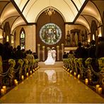 ラトリエ・ドゥ・マリエ(聖グロリアス教会):ステンドグラスが虹色の輝きを放つ大聖堂に心を奪われた!新しい家族も一緒に、幸せを分かち合うことに