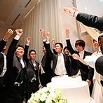 アメリーモンシュシュ:趣味のアイテムが映える純白の空間でパーティ。ウエディングケーキに「恐怖のロシアンシュー」をトッピング
