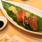 KOTOWA 鎌倉 鶴ヶ岡会館:おもてなし重視派のふたりが用意した寛ぎのひととき。地魚を使ったお寿司は、この日だけの特別メニュー