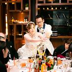 Ciel Belle Terre(シエル べル テール):水盤に佇むレストランで、リゾート感あふれるパーティ。料理が作り出されるライブ感に会場が大興奮!