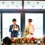 THE KIKUSUIRO NARA PARK (菊水楼):大人っぽいドレスや装花で、イメージチェンジした姿をお披露目。ゲストとの歓談や撮影も自由に楽しんだ