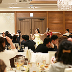 アヴェニールクラス TOKYO:新郎新婦のお互いへのサプライズに、会場はびっくり&大盛り上がり!生演奏とダンスでゲストが一体になった