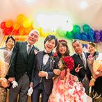 アートグレース ウエディング スクエア:ふたりの好きなアーティストにちなんだ「虹」と、新婦が好きなテーマパークを表現した個性あふれるパーティ