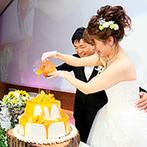 THE GRIGHT(ザ・グライト):ビタミンカラーの装飾やカラードリップケーキで、ゲストも自然と笑顔に。大切な友人にも、ひまわりを贈った