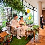 ストリングスホテル NAGOYA:緑いっぱいの装飾やケーキが「おしゃれ」と話題に。ソファタイプの高砂でゲストとの心の距離も近づいた