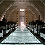 ANELLI 長岡(アネーリ 長岡):キラキラと輝くバージンロードを歩み、ふたりは誓いの舞台へ。ゲスト参加型のリングリレーで温かなムード