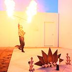ANELLI 長岡(アネーリ 長岡):吹き抜けの空間を鮮やかな光で彩るドラマティックなパーティ。ジャグリングの演出にゲストからは歓声が!