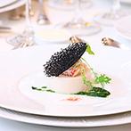 Anniversary. An EBISU(アニバーサリー アン 恵比寿):「料理」を重視して見学し、試食して即決!大好きなアンティーク家具が配されたクラシカルな空間も理想的