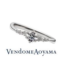 ヴァンドーム青山_<2017YearSet>指がきれいに見える緩やかな左下がりのウェーブリング