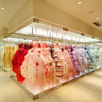 ブルーミントンヒル:ドレスショップ見学&新作ドレス試着体験フェア