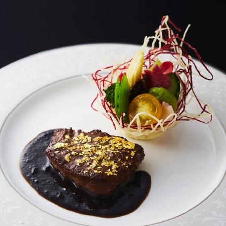 ホテルニューオータニ大阪:ホテルディナー付き!チャペル&会場見学が出来るナイトフェア
