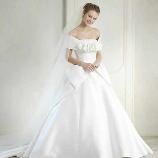 フェリーチェマツエダ・ハービスブティック:エリ松居◆人気のケープカラー×リボンで可憐な花嫁に