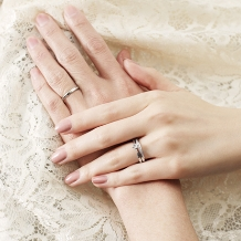 K.UNO BRIDAL(ケイウノ ブライダル):【ケイウノ】シンプルなソリテールリングは、飾らない誠実な愛の象徴