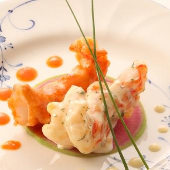KKRホテル東京:【口コミで大人気】ぷりぷりエビの紅白ソース他3品【無料試食】