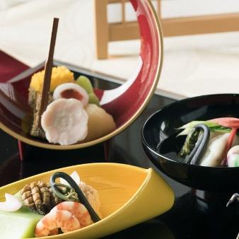 KKRホテル東京:【選べる成約特典】料理ランクUP・色直し衣裳等&日本料理試食付