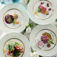 KKRホテル東京:料理ランクアップ・挙式スナップなど選べる特典付&プチ試食も
