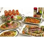 PartySpace COSMOS(コスモス):お料理は、好きなものを取って食べて頂くビュッフェ形式と・・