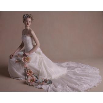 ヒルトン福岡シーホーク:【憧れのドレスを試着】限定2組ドレス試着体験フェア