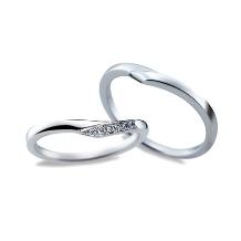 ジュエリー東京_【Something Blue】永遠に固い絆で結ばれる姿を形にした結婚指輪