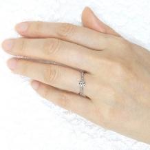 宝寿堂:【宝寿堂】動きのあるカーブに沿ってダイヤが煌めく《HD2185》
