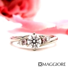 MAGGIORE アートダイヤモンド(マジョーレ):【マジョーレ】大粒のピンクダイヤが大人の手元を華やかに彩る「カトレア」