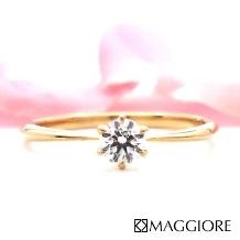 MAGGIORE アートダイヤモンド(マジョーレ):【マジョーレ】10万円未満で手に入る!細身Xゴールド素材が人気のエンゲージリング