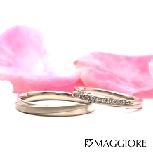 MAGGIORE アートダイヤモンド(マジョーレ):【マジョーレ】ストレートではめやすい!斜めのラインがシャープなマリッジ「コスモ」