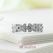Rubida Bridal(ルビーダ ブライダル)●ジュエル ツチヤ_ルビーダ「リリー フラワーズ」ユリの花のティアラのように可愛いユリの婚約指輪