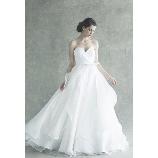 GRANMANIE (グランマニエ):【カッラ】流れるようにデザインされたスカートのフリルが印象的なドレス