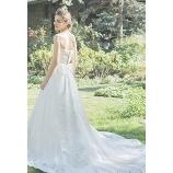 GRANMANIE (グランマニエ):【アリダR】上品でクラシカルな王道花嫁スタイル&魅了するロングトレーン
