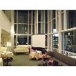 Restaurant Lounge アンクルハット:開放感ある吹き抜け会場