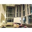 Restaurant Lounge アンクルハット:天井高が、約7メートルある開放感ある会場