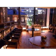 ANTHEMBLE by My Humble House:三菱一号館美術館がみえます。英国風のレンガ造りが印象的な歴史的建物です。