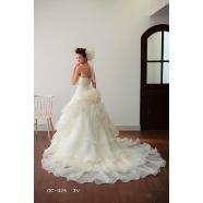 ドレス:ブライダルコスチューム GINREI(ギンレイ)