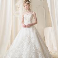 ドレス:キヌヤ・ブライダルスクエア