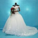 ウエディングドレス:ルーシーブライダル