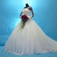 ドレス:ルーシーブライダル