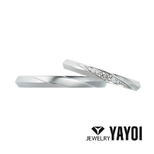 YAYOI BRIDAL(弥生貴金属)_緩やかなナイフエッジがシャープな印象に!