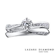 ラザール ダイヤモンド ブティック:悠久の時の流れを思わせる、華麗な曲線美。 きらめきに満ちた存在感が憧れを誘って。