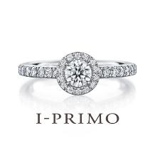 アイプリモ_メレダイヤに包まれた、センターダイヤモンドの華麗な彩りのデザインがおしゃれ!!