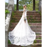アイリス・メリー・マリー:◇◇ 憧れのロングトレーンで挙式に映えるマーメイドドレス! MMD-1084