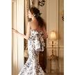 ドレス:アイリス・メリー・マリー