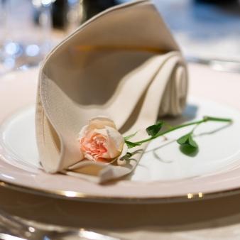 神戸北野ホテル:10名43万8千円のお得プラン登場★20年2月末迄の結婚式に