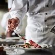 ◆グランドオープン1周年、人気の一軒家貸切ウエディングの全てを大公開◆三ツ星シェフ監修のスペシャルコース無料試食をゲスト気分で堪能しよう◆サプライズ入場できる階段やオープンキッチン併設で会場一新!◆