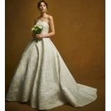 NOVARESE(ノバレーゼ)●ノバレーゼグループ:【インポート】たっぷりシルエットが魅力的!オスカー・デ・ラ・レンタの正統派ドレス