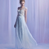 NOVARESE(ノバレーゼ)●ノバレーゼグループ:【インポート】ミラ・ズウィリンガー新作!花モチーフが舞うドラマティックドレス
